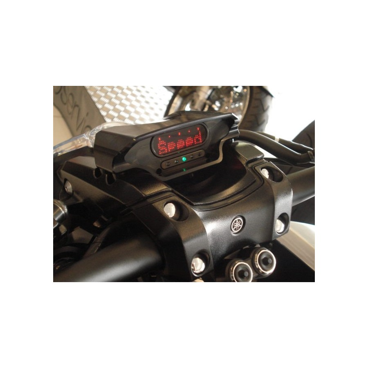 COMPTEUR + SUPPORT ANO NOIR VMAX1700